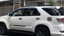 Bán Toyota Fortuner 2014, màu trắng xe gia đình