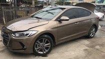Bán Hyundai Elantra đời 2017, màu nâu như mới, giá 586tr