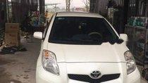 Cần bán Toyota Yaris 1.3AT đời 2011, màu trắng, nhập khẩu chính chủ