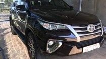 Cần bán gấp Toyota Fortuner 2.4G 4x2 MT đời 2017, màu đen