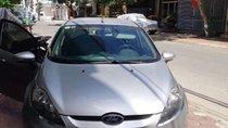 Cần bán xe Ford Fiesta 2011, màu bạc, giá 280tr
