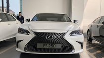 Bán xe Lexus ES 250 đời 2018, nhập khẩu, mới 100%
