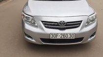 Gia đình cần bán xe Corolla Altis màu bạc, số tự động, xe còn rất đẹp