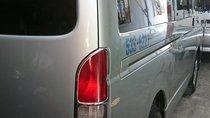 Cần bán xe Toyota Hiace sản xuất 15 chỗ 2009, màu xanh lam
