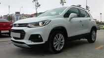 Bán Chevrolet Trax 2018 tự động, màu trắng, mới mua đi được 8000 km