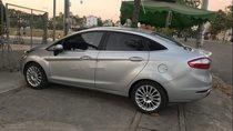 Cần bán gấp Ford Fiesta đời 2014, màu bạc, 405tr