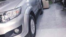 Bán Toyota Fortuner 2014, màu bạc, xe gia đình, giá 739tr
