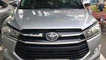 Bán Toyota Innova 2.0G đời 2018, màu bạc