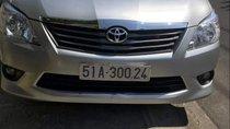 Bán Toyota Innova 2.0G đời 2012, màu bạc còn mới