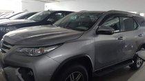 Bán ô tô Toyota Fortuner 2.8V 4x4 2018, màu bạc