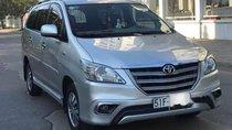 Bán Toyota Innova đời 2014, màu bạc như mới