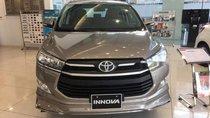 Bán Toyota Innova 2.0E 2019, màu xám, giá chỉ 746 triệu