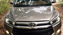 Chính chủ bán Toyota Innova đời 2017, màu xám