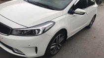 Bán xe Kia Cerato 2.0AT đời 2016, màu trắng, xe đẹp
