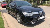 Cần bán gấp Toyota Camry 2.5Q đời 2016, màu đen, xe đẹp như mới