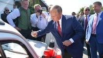 Đấu giá từ thiện chiếc Volkswagen Beetle có chữ ký của Tổng thống Putin