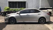 Chính chủ bán Toyota Corolla altis đời 2015, màu bạc
