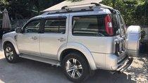Cần bán lại xe Ford Everest đời 2013, màu bạc