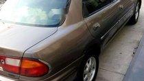 Cần bán Mazda 323 năm sản xuất 2000, xe nhập