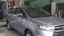 Bán Toyota Innova 2.0E sản xuất 2017, màu bạc