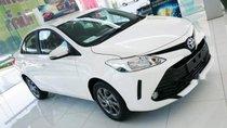 Bán Toyota Vios đời 2017, màu trắng số tự động, giá tốt