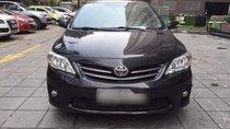 Cần bán Toyota Corolla Altis đời 2011, màu ghi xám