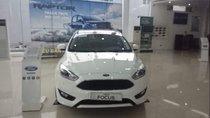 Bán xe Ford Focus đời 2019, màu trắng, 715 triệu