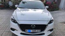 Cần bán xe Mazda 3 năm sản xuất 2017, màu trắng