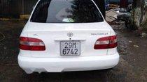 Cần bán lại xe Toyota Corolla đời 2001, màu trắng xe gia đình