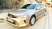 Bán xe Toyota Camry 2.5Q đời 2016, màu ghi vàng