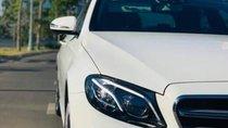 Bán Mercedes E300 AMG năm sản xuất 2017, màu trắng, nhập khẩu