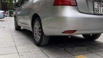 Cần bán xe Toyota Vios 1.5E năm 2014, màu bạc ít sử dụng