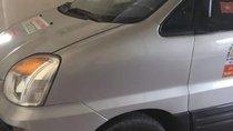 Cần bán Hyundai Grand Starex năm 2003, màu bạc, xe nhập