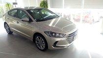 Cần bán Hyundai Elantra 2019, trả trước chỉ từ 200tr nhận xe ngay