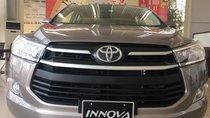 Cần bán Toyota Innova 2.0G sản xuất 2019, màu bạc, 822 triệu