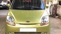 Bán Chevrolet Spark LT đời 2011, màu vàng, số sàn, giá tốt