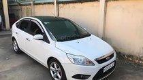 Bán Ford Focus năm sản xuất 2011, màu trắng, nhập khẩu, số tự động