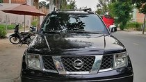 Cần bán xe Nissan Navara LE 2.5MT 4WD đời 2013, màu đen, xe nhập
