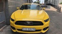 Cần bán gấp Ford Mustang EcoBoost năm 2015, màu vàng, xe nhập