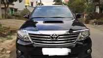 Bán xe Toyota Fortuner 2.5 MT sản xuất năm 2015, màu đen xe gia đình