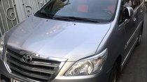 Bán xe Toyota Innova 2.0E 2014, màu bạc, giá tốt