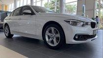 Cần bán BMW 3 Series 320i Luxury đời 2018, màu trắng, xe nhập