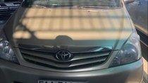 Cần bán xe Toyota Innova đời 2009, màu bạc