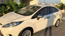 Cần bán Ford Fiesta 1.5AT năm 2013, màu trắng
