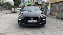 Cần bán lại xe Hyundai Elantra năm sản xuất 2018, màu đen