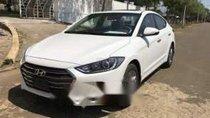Cần bán xe Hyundai Elantra 1.6AT 2017, màu trắng còn mới, giá tốt