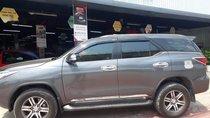 Cần bán xe Toyota Fortuner sản xuất năm 2017, màu xám