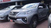 Cần bán Toyota Fortuner sản xuất năm 2017 số sàn