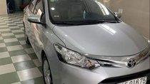 Cần bán Toyota Vios AT năm 2016, màu bạc, xe gia đình sử dụng