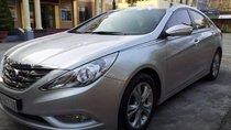 Bán Hyundai Sonata AT sản xuất 2011, màu bạc, xe đẹp